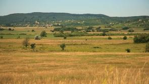 Balaton-felvidék, Nivegy-völgy, Óbudavár.