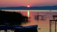 Aranyhíd, naplemente a Balatonnál